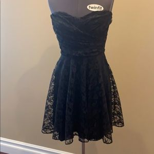 Express LBD - Lace